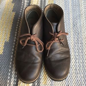 e87e5f4772 Brown boy booties Perry Ellis